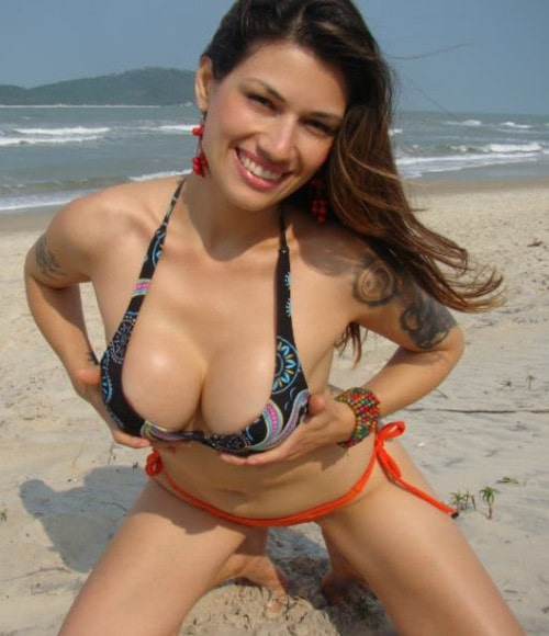 big tits bikini fetish model on the beach